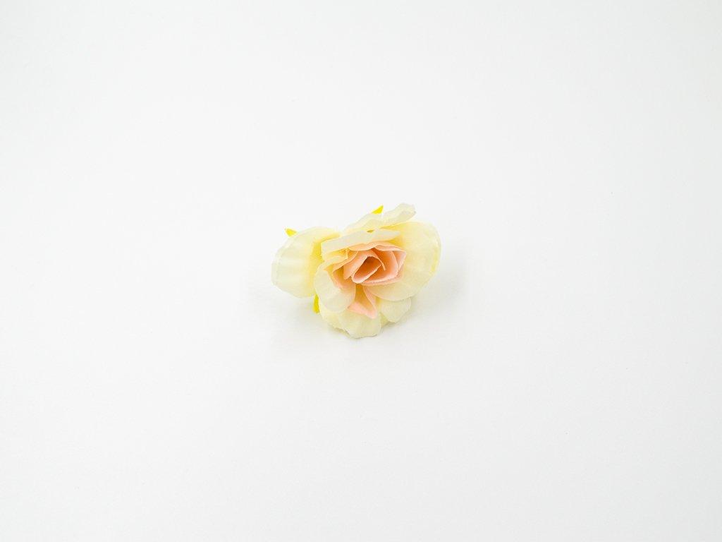 Růže 016 žlutá