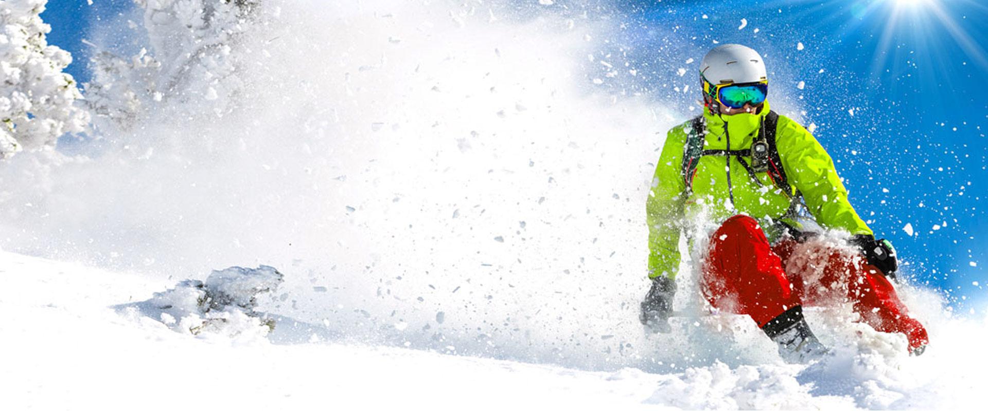 Půjč si lyže nebo prkno na celou sezónu
