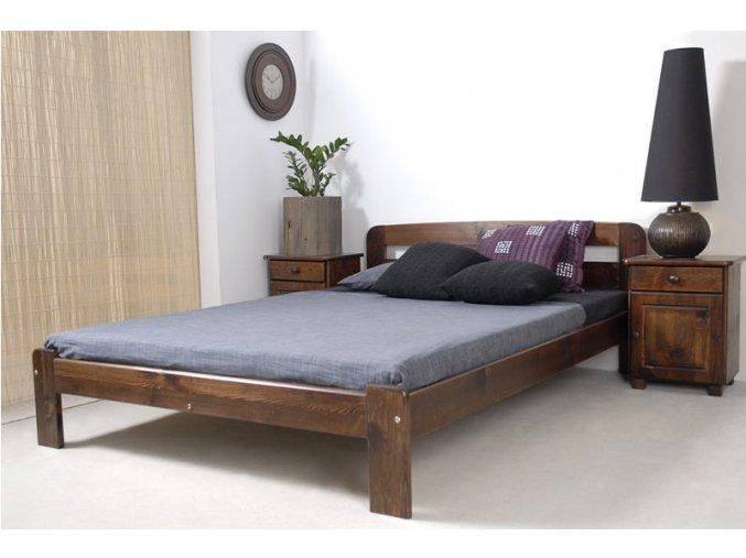 sara postel z masivu