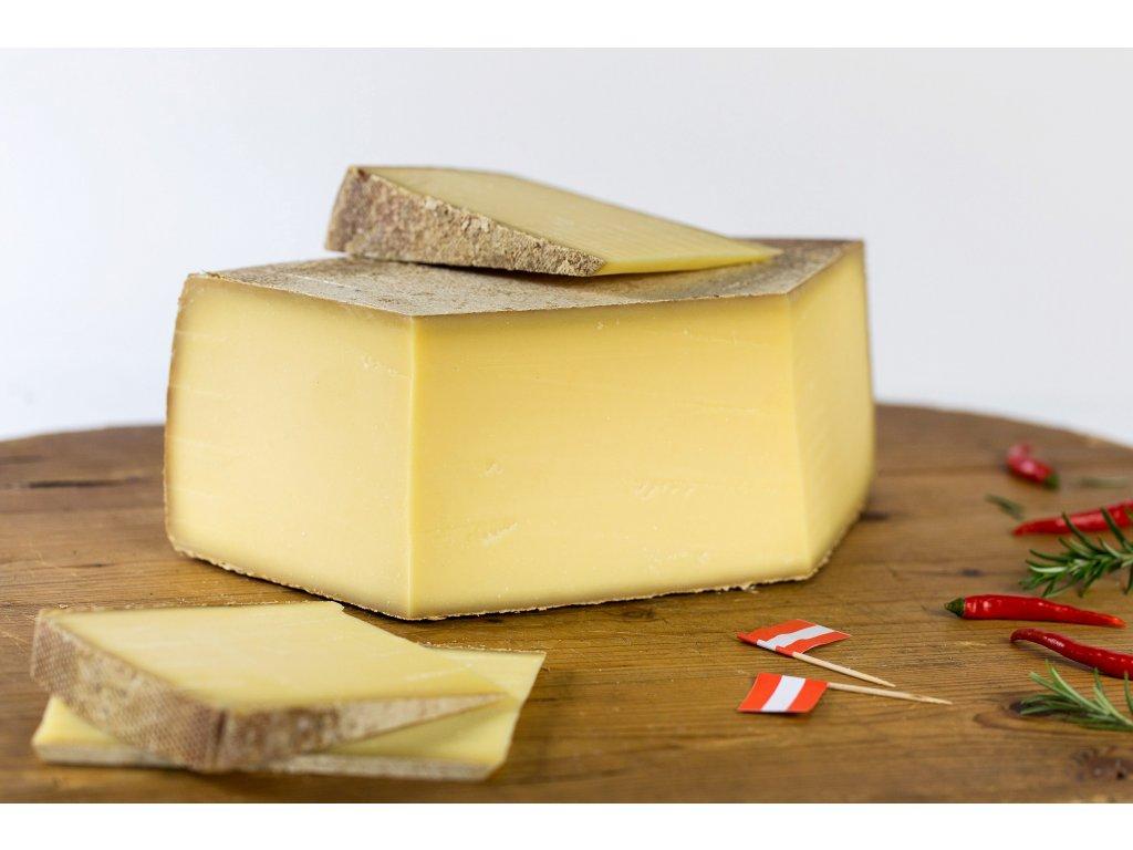 horsky syr 12 mesicu