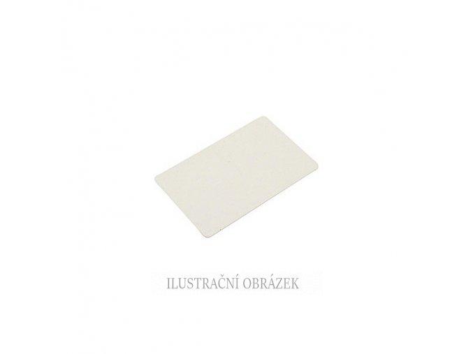 Plastová karta bez čipu.