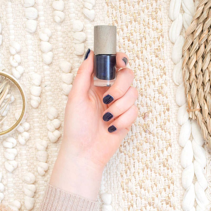 vernis-a-ongles-60-ombre-noire