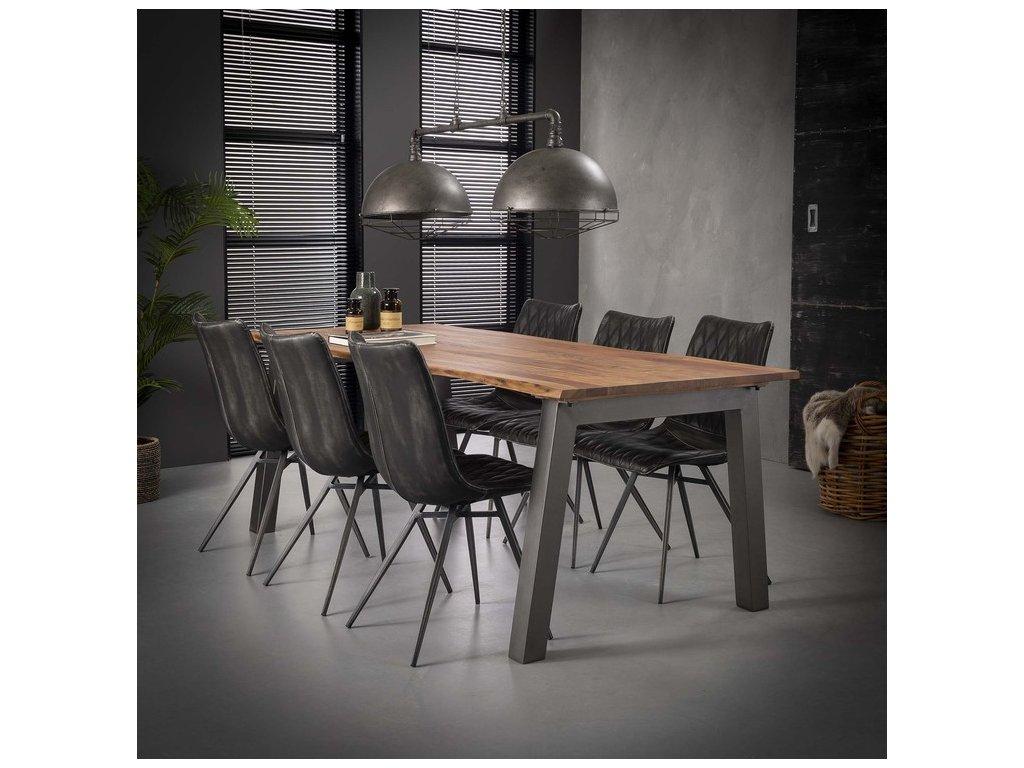 jídelní stůl z Akácie