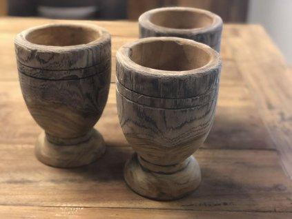 dekorace dřevěný pohár