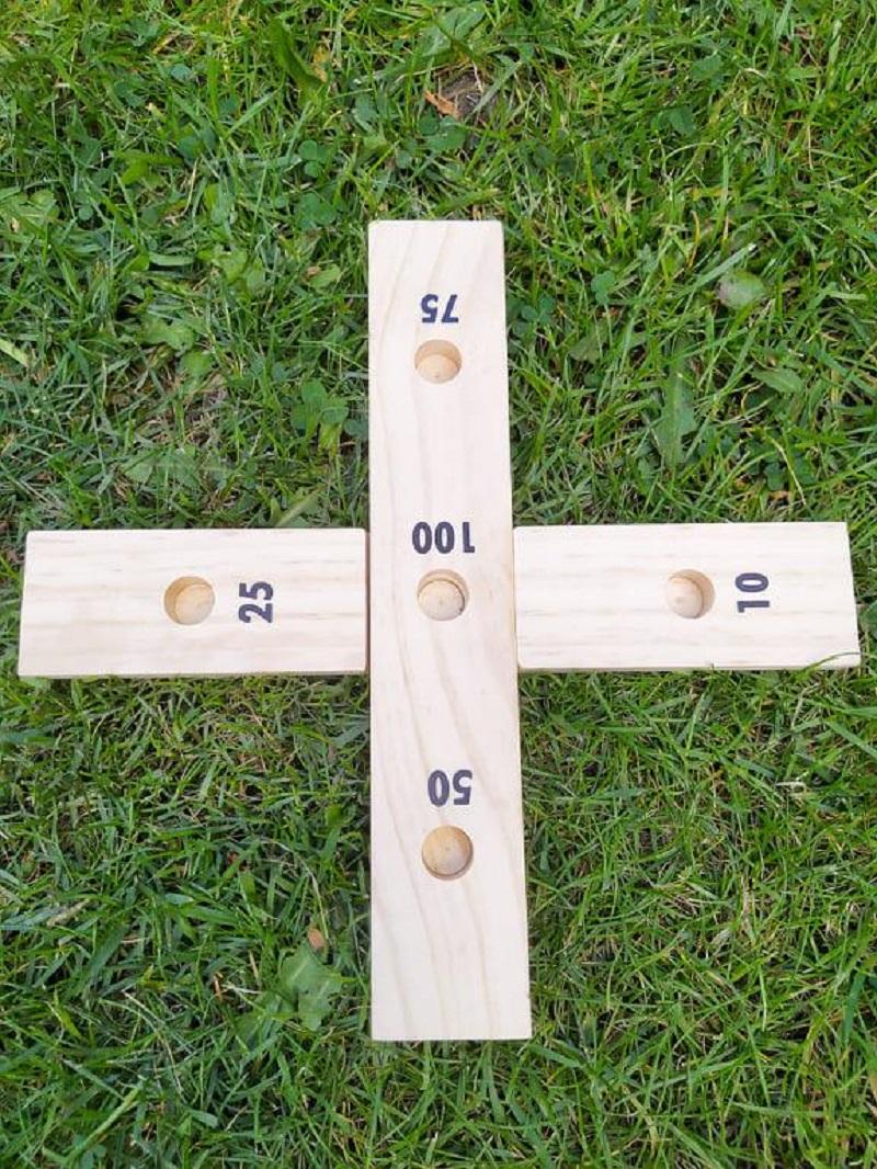 Dřevěná venkovní hra