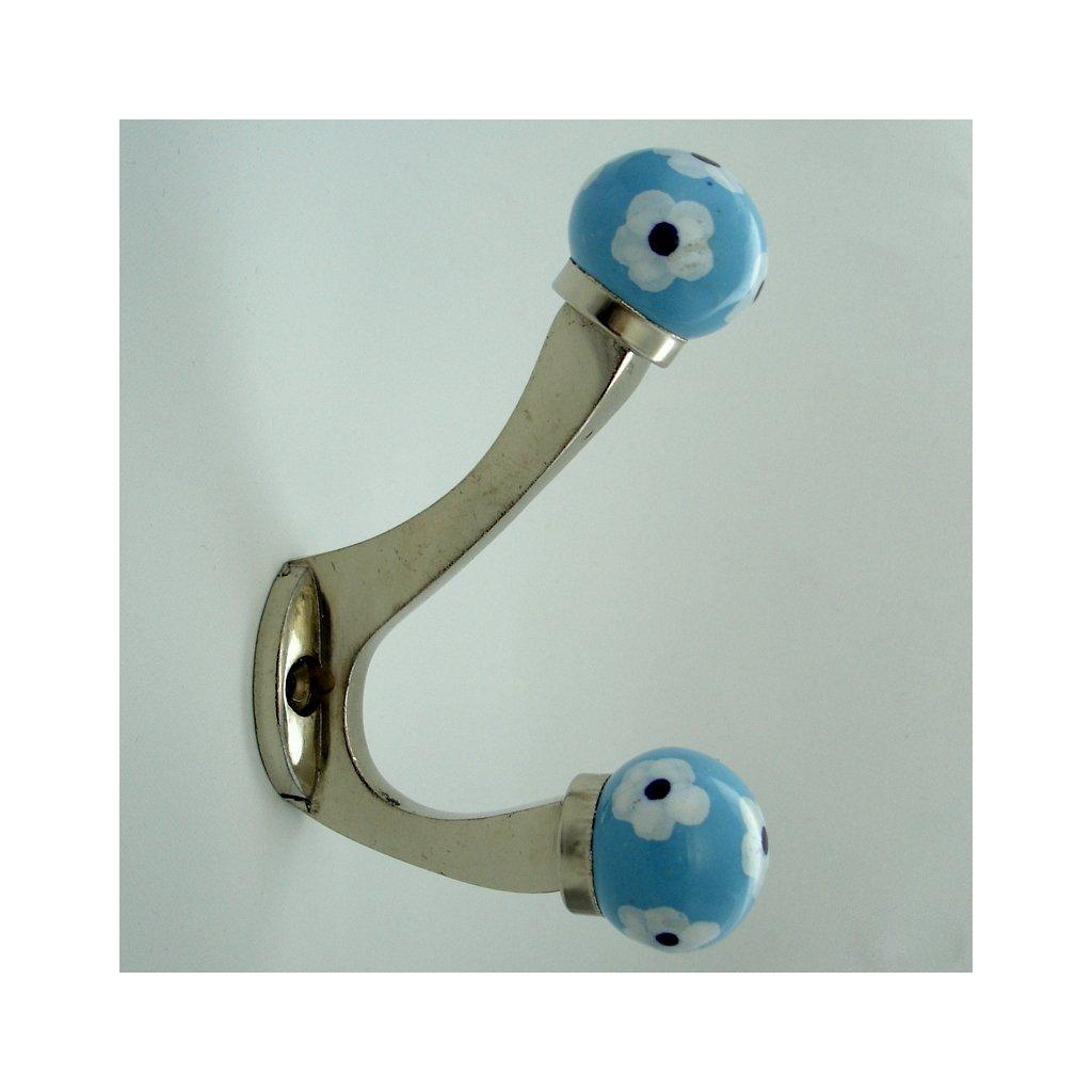 Chromovaný věšák-Krásnoočko modré