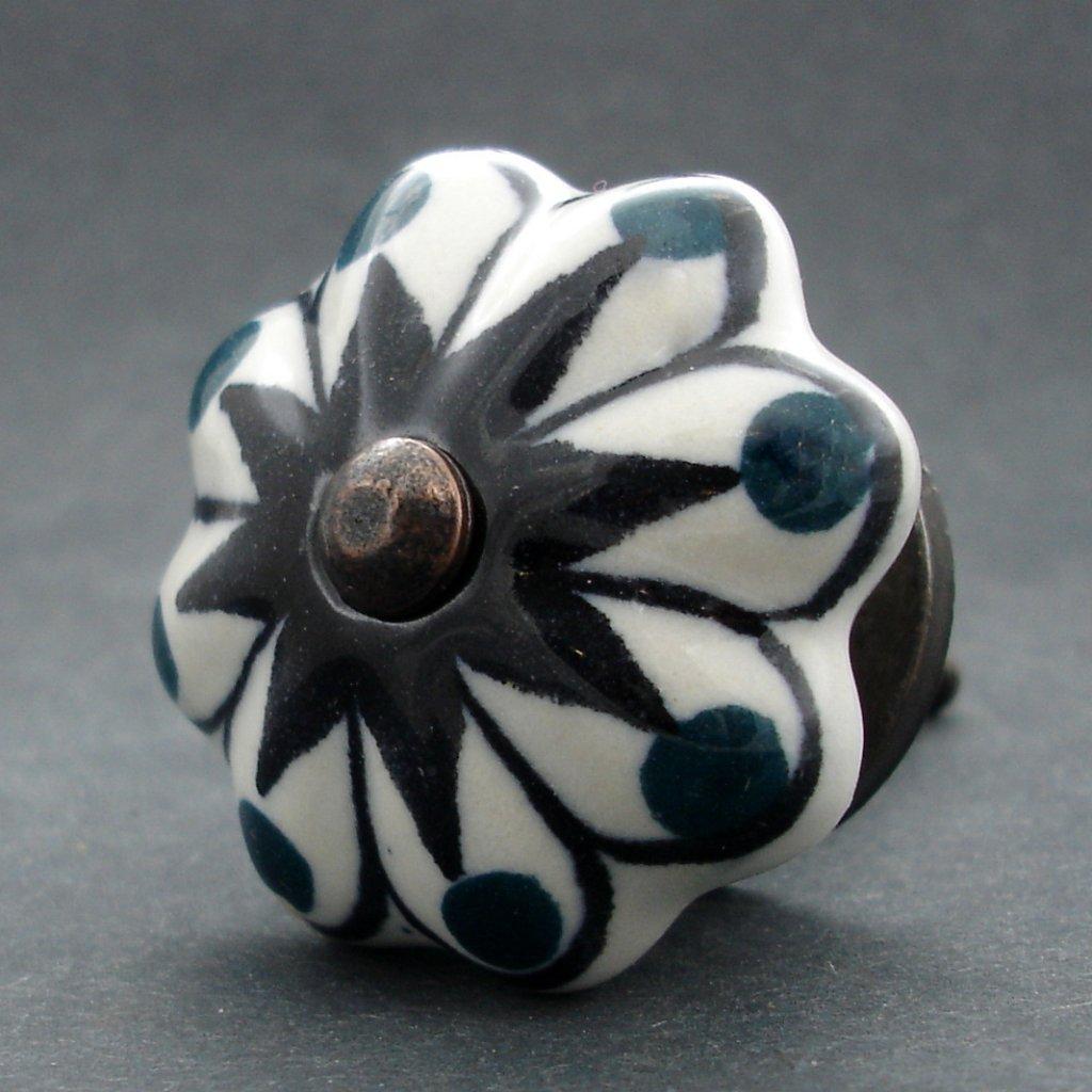 Keramická úchytka-Hvězda se zelenými puntíky