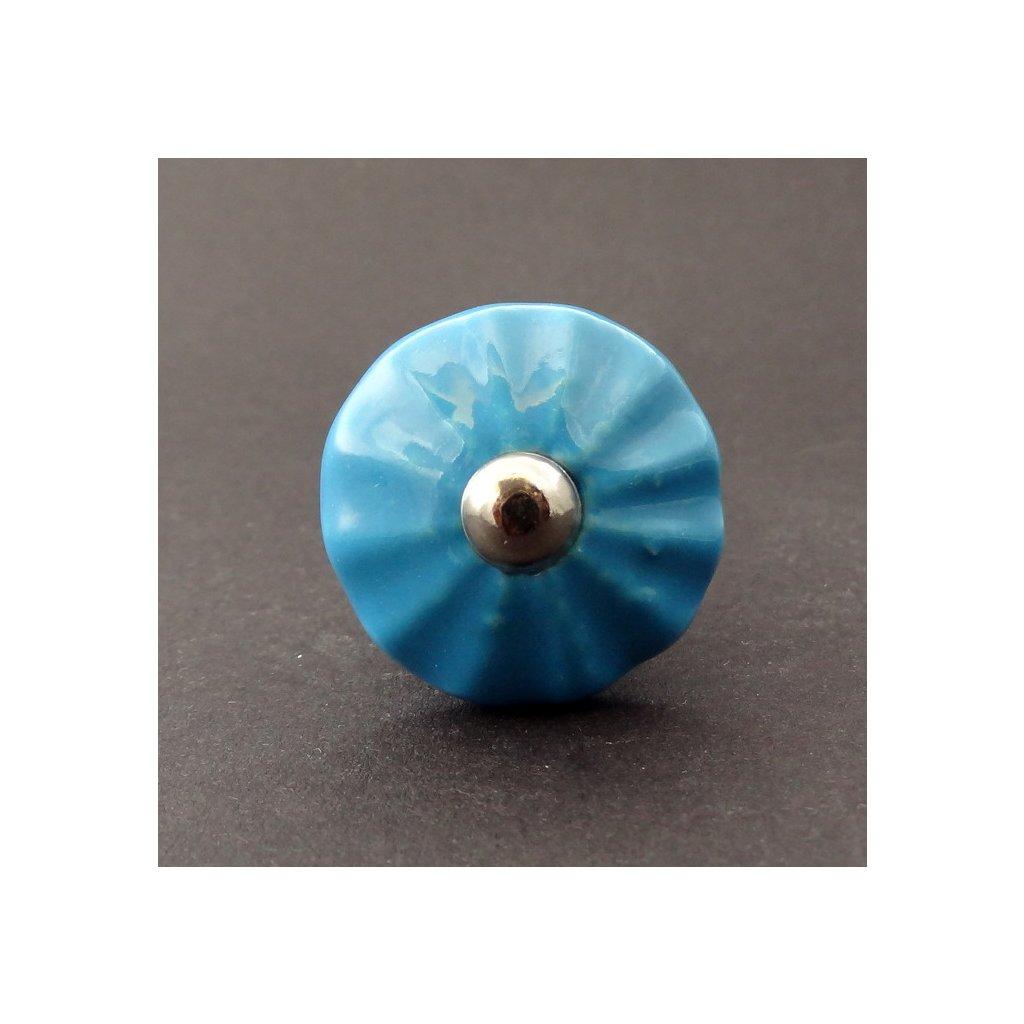 Knopka světle modrá- model 4
