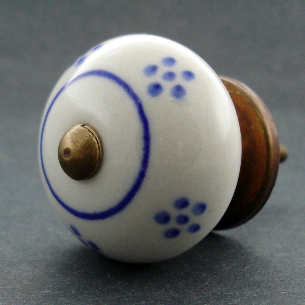 Keramická úchytka -Sedmikráska s tmavě modrými kvítky