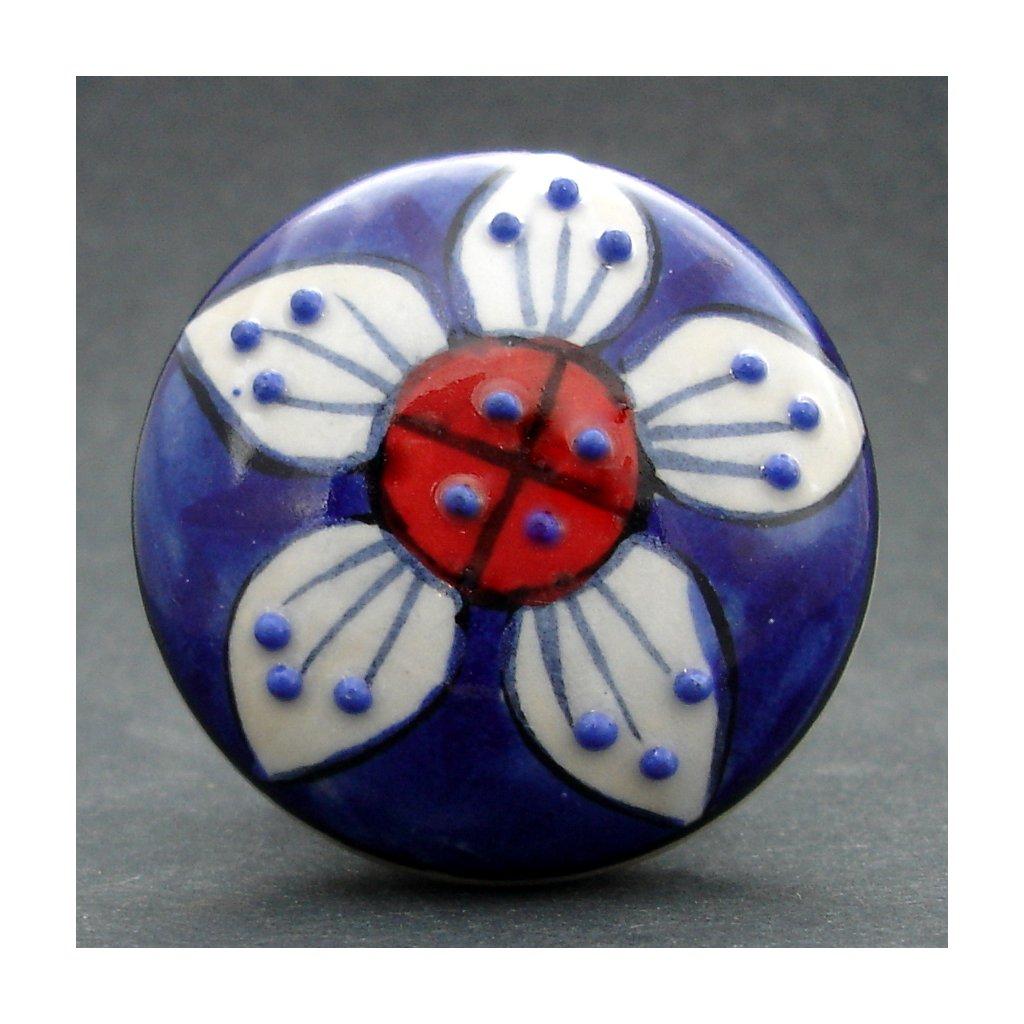 Maxiúchytka-Tmavý květ