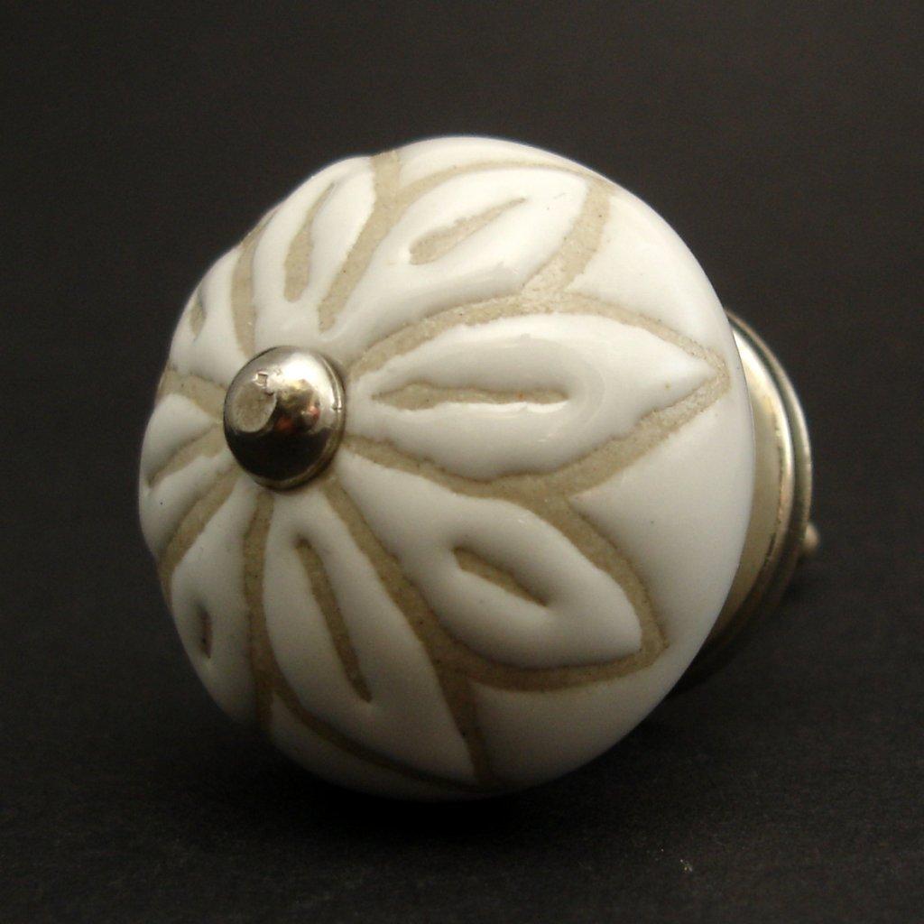 Keramická úchytka-Bílá s neglazovaným květem