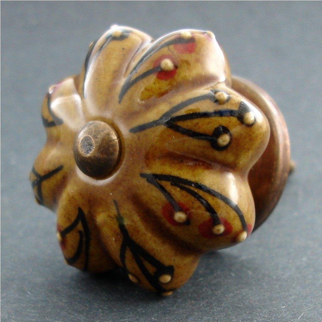 Keramická úchytka- Hnědý květ se vzorem