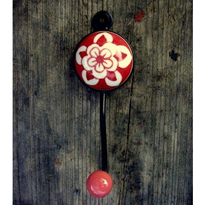 Věšák-Červený květ