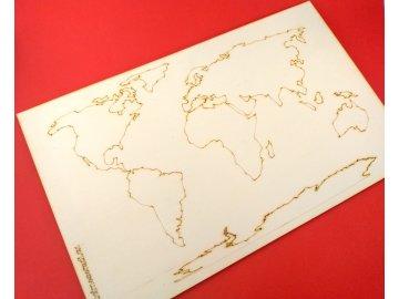 drevena-mapa-sveta-slepa-k-zakreslovani
