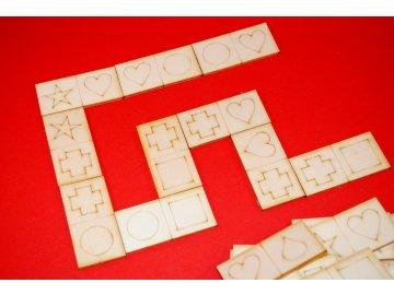 drevene-domino-pro-nejmensi-tvary