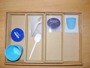 Krabice z kartonu - pro strukturované učení