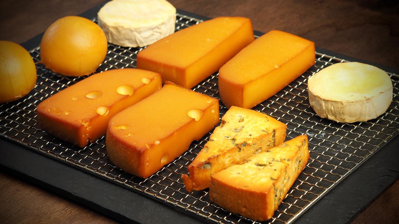 Uzení sýrů a tofu