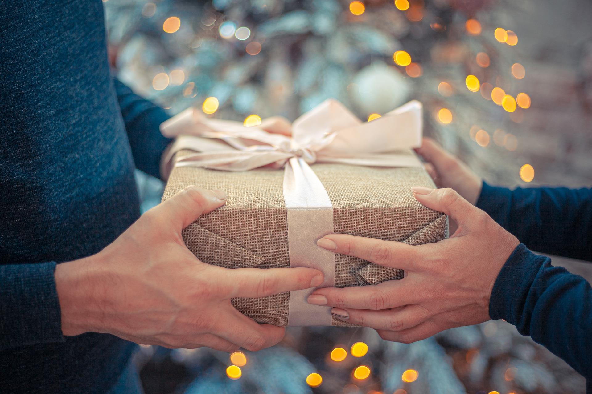 Jak zabalit dárek aneb i obal dárku může být originál