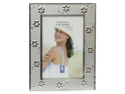 Fotorámeček kovový - 10x15 stříbrný, kytičky - rýha - viz foto