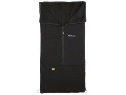 černý softshell