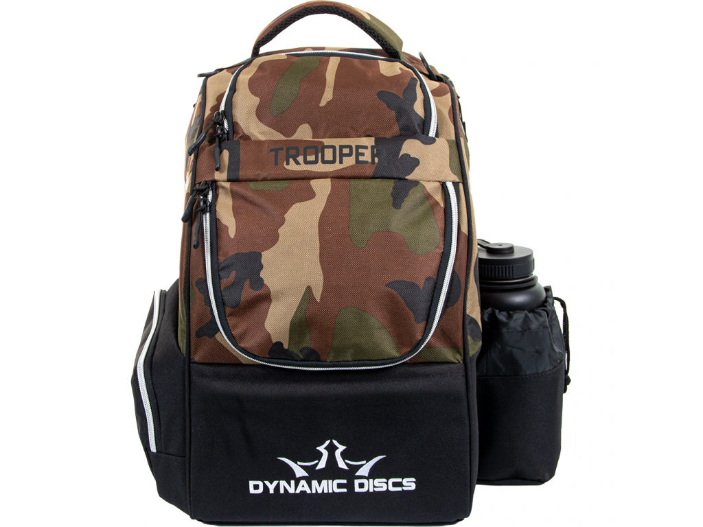dynamic discs trooper backpack woodland camo front closed