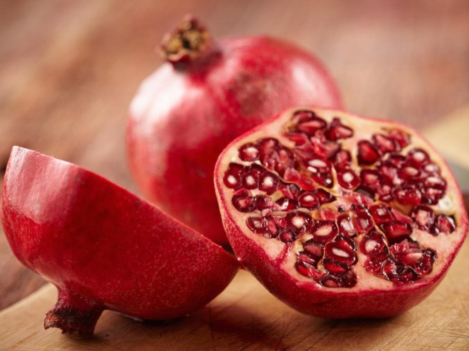 more pomegranates 1598x900