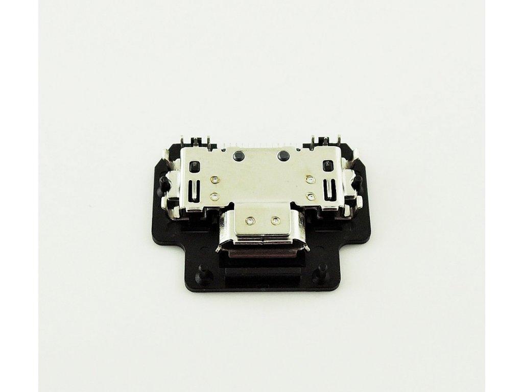 Asus A80,A86 USB konektor