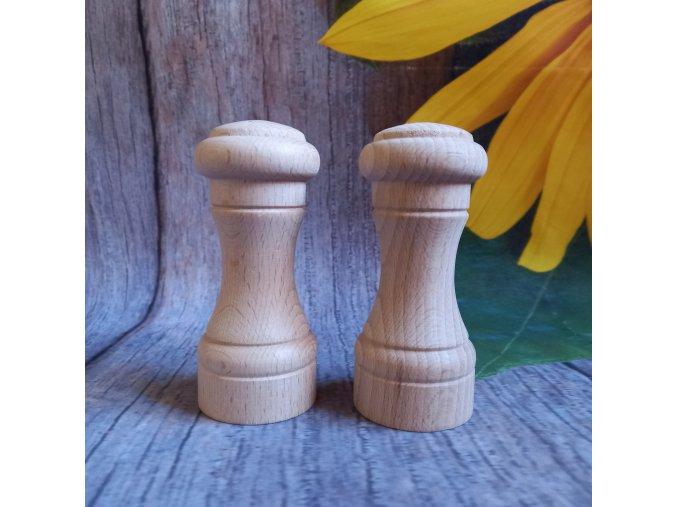 Dřevěná slánka a pepřenka