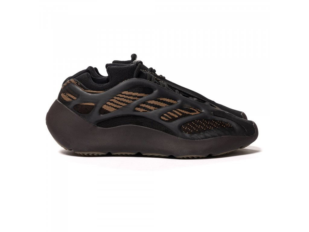 HAVEN adidas Yeezy 700 V3 Clay Brown 1 2048x2048