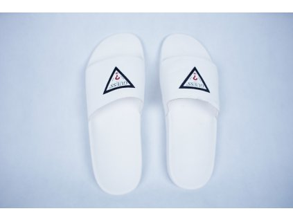 guess flipflops white