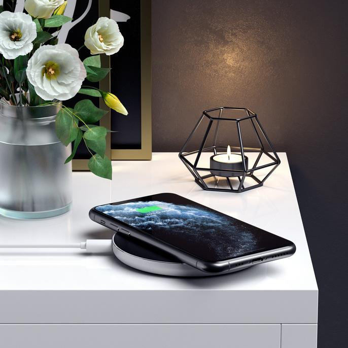 aluminum-type-c-pd-qc-wireless-charger-charging-stations-satechi-385529_686x686