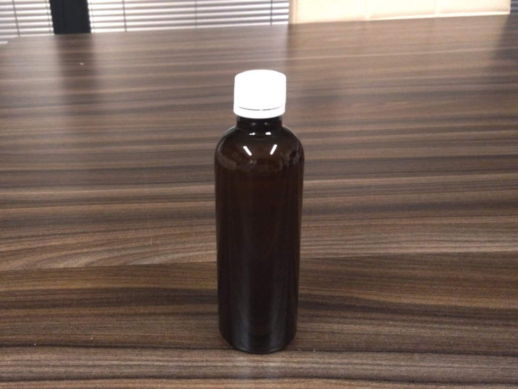 100 ml hneda flaska