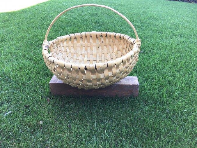 Košík z lubov (kôry liesky)