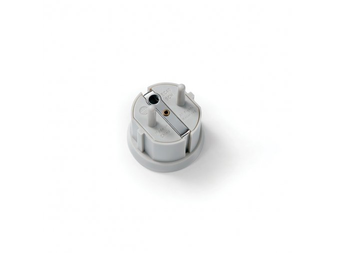 european outlet adapter bottom 2