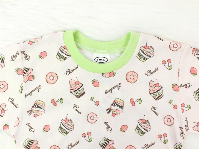 Pyžamko s dortíky