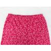 Dětské růžové pyžamo se srdíčky detail pasu