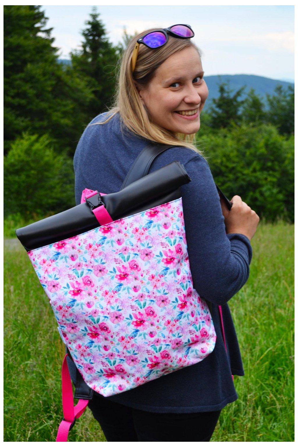 Roll Up batoh Luční kvítí - růžová