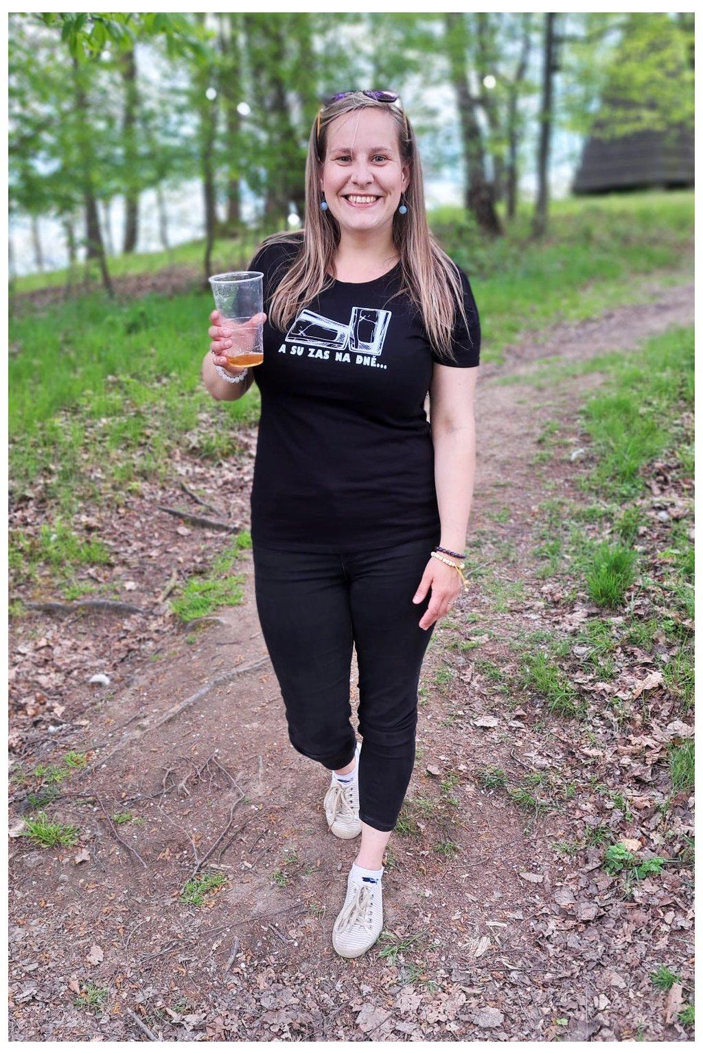 A su zas na dně tričko růžové