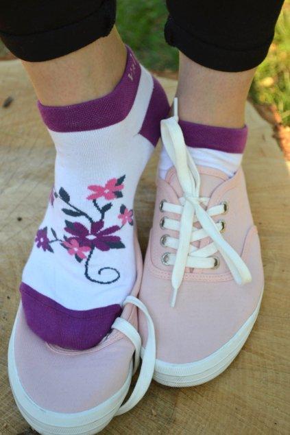 Ponožky s kytičkou