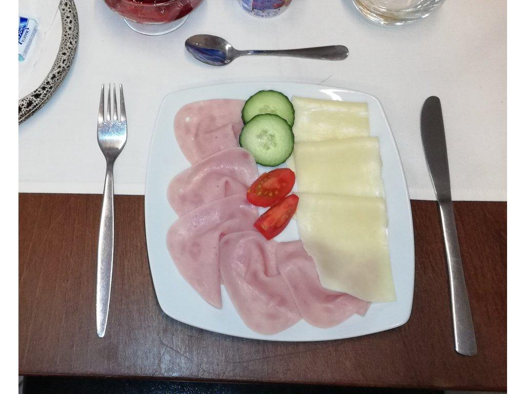 Talíř šunka a sýr