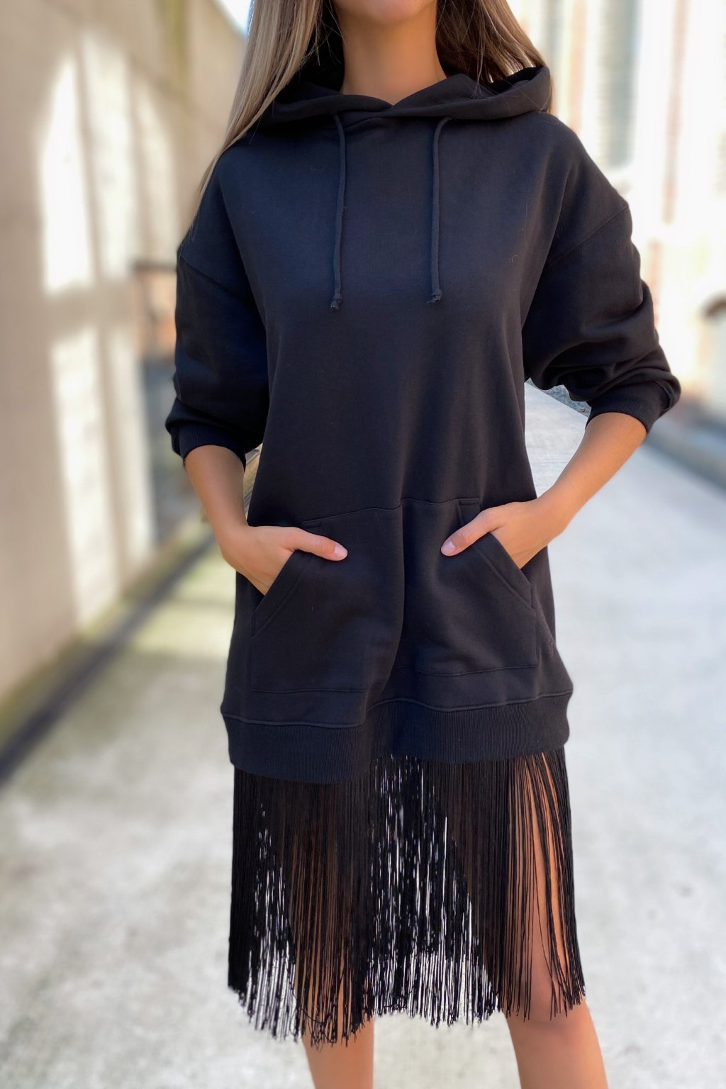 Dámské šaty s třásněmi Twinset 212TT201A černé