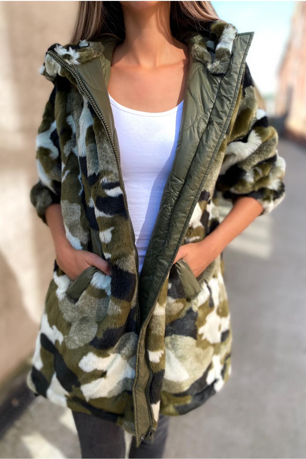 Dámský oboustranný kabát s kožíškem TWINSET 212AP2021 zelený