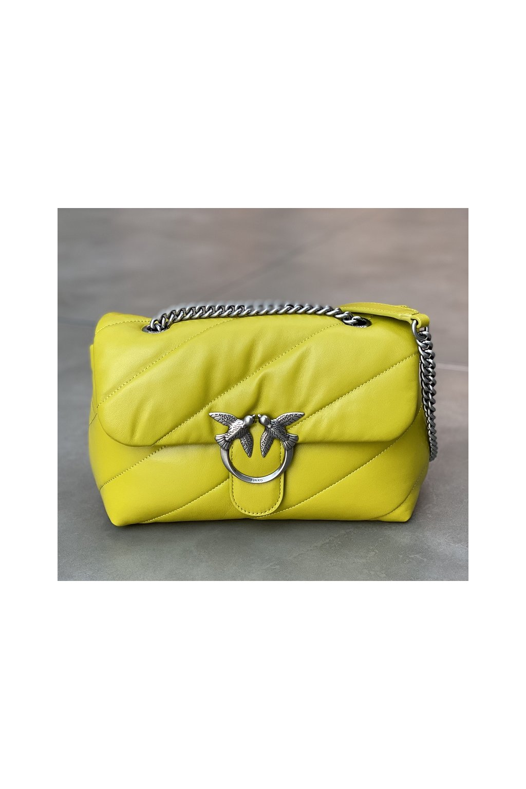 1P222W Y6Y4 T56 Dámská kabelka Pinko Love Classic Puff Maxi Quilt 2 Cl zelená