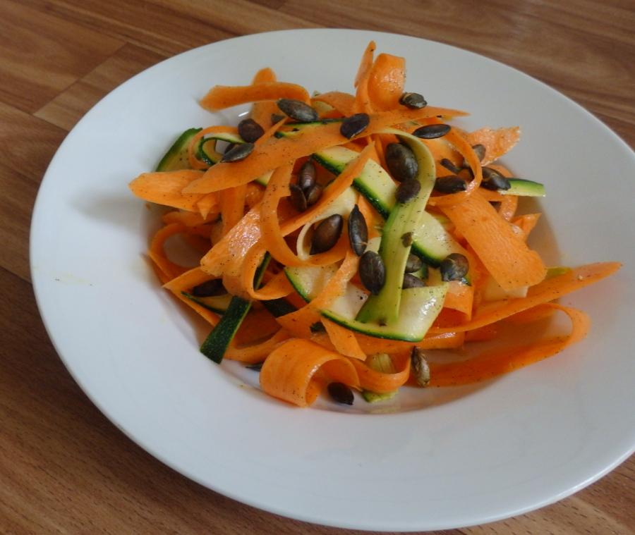 Zeleninový salát s vanilkovou zálivkou