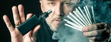 Vyměňte tabák za e-cigaretu, radí britští lékaři