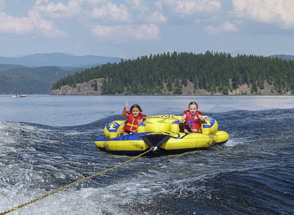 rafting-339187_960_720