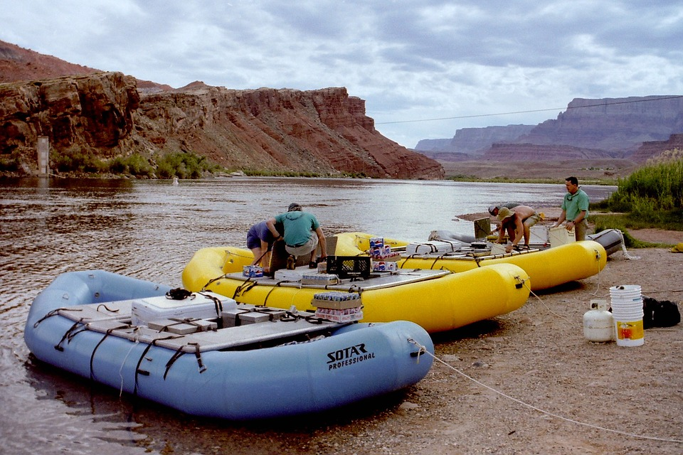 rafting-725911_960_720