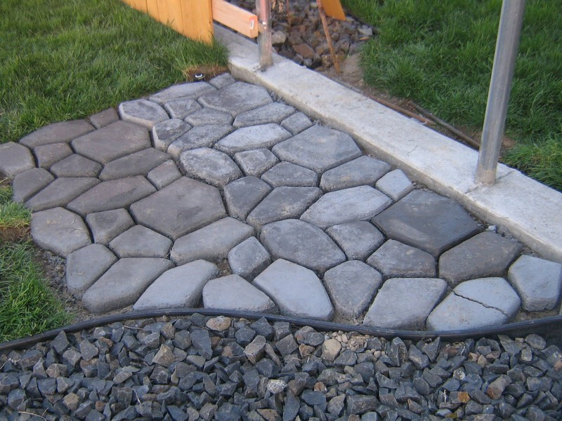 DIY_Cobble_Stone_Path11