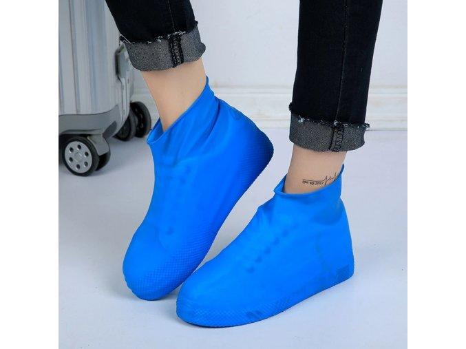 plastenky na boty navleky na nohy obuv protiskluzove vodeodolne proti mokru zmoknuti blatu bahnu pisku