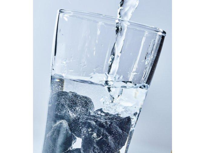 šungit filtr filtrace vody pitné z kohoutku skladem brno eshop vašenebe vase nebe čistá voda očista vody shungite water elixir 927x1024